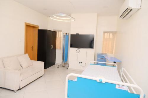 CedarcareHospital DSC 10113