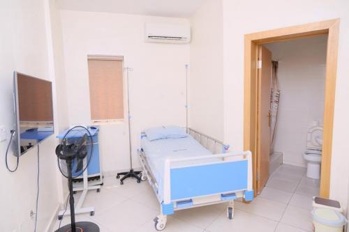 CedarcareHospital DSC 10114